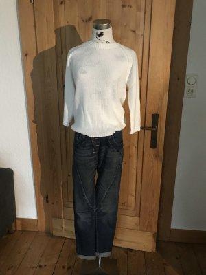 Zara- Pullover mit Rückenausschnitt