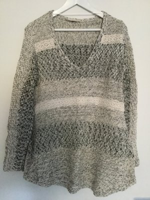 ZARA Pullover Sweater