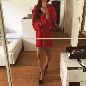 Zara Pulloverkleid Volants Rüschen off shoulder schulterfrei