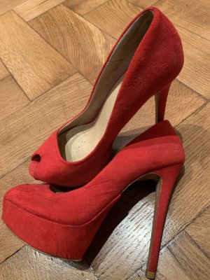 Zara Pumps in rot