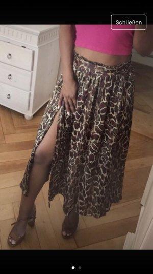 a72b81b99 Zara Falda midi marrón oscuro-burdeos