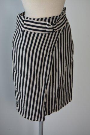 Zara Rock Größe S Streifen schwarz weiß batcave wickeloptik