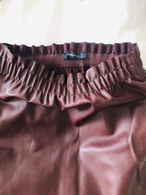 Zara Falda de cuero de imitación burdeos