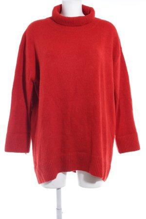 Zara Maglione dolcevita rosso stile casual