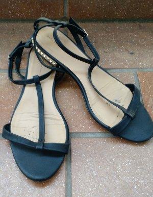 Zara Sandale 38 Sandalette schwarz nieten flach flats Sommer riemchen gladiator