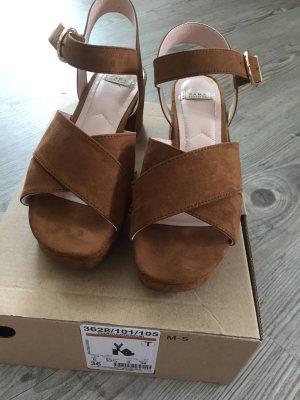 ZARA Sandalen mit Absatz