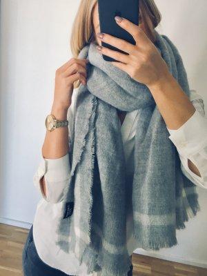 Zara Écharpe en laine gris clair-gris