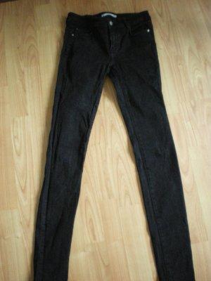 Zara schöne Jeans in schwarz in der Gr. 36 *****