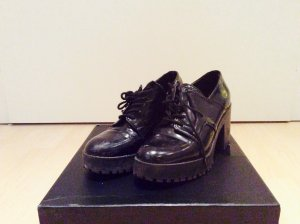 Zara Chaussures basses noir
