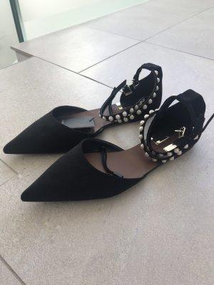 Zara Schuhe Perlen