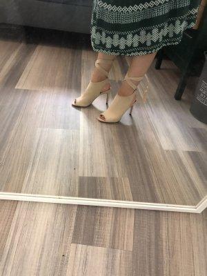 ZARA Schuhe Sandalen Schnüren