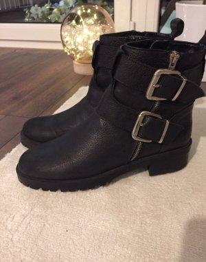 Zara Botas de invierno negro