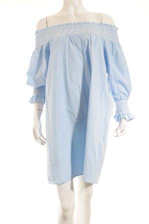 Zara schulterfreies Kleid hellblau-weiß Casual-Look