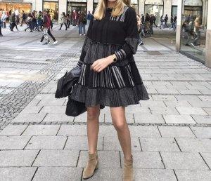 Zara Schwanz Kleid