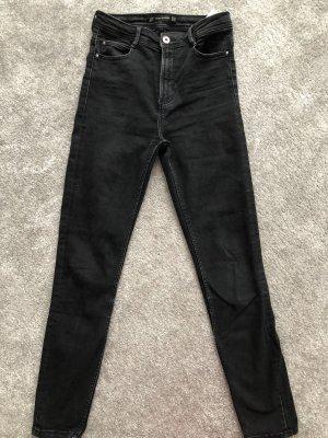 Zara Schwarze Jeans, Gr. 36
