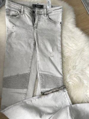Zara Schwarze Jeans in 34