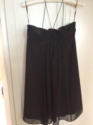 Zara: schwarzes Cocktailkleid