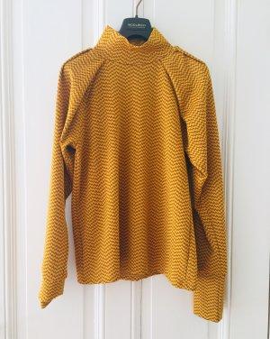 ZARA senfgelbe/braune Bluse mit Zickzackmuster und Turtleneck
