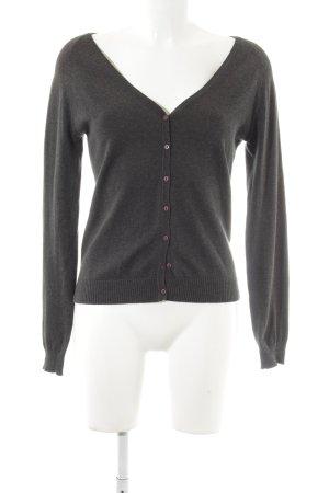 Zara Chaqueta estilo camisa gris oscuro look casual