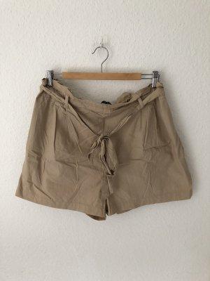 Zara High-Waist-Shorts beige-camel