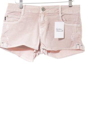 Zara Shorts roségoldfarben Street-Fashion-Look