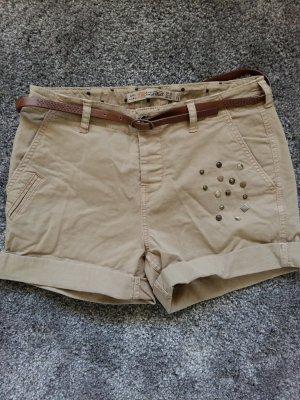 Zara Shorts Sandfarben mit Details *wie neu*