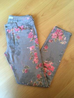 ZARA Skinny Hose mit Blumen und Blätter Muster