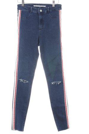 Zara Skinny Jeans neonblau Street-Fashion-Look