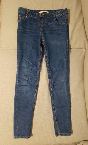 Zara Skinny Jeans.   .