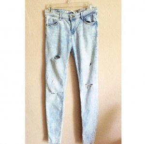 Zara Skinny Jeans destroyed