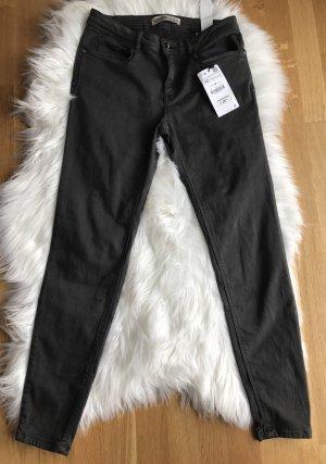 Zara Skinny Jeans Gr 40 dunkel Grau Strech