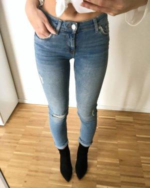 Zara Skinny Jeans Hellblau 34 XS Ripped