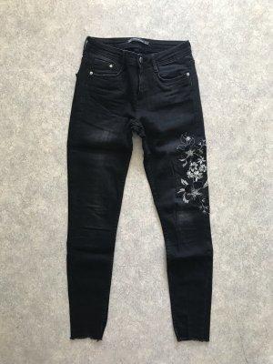 Zara Skinny Jeans mit Blumenprint S