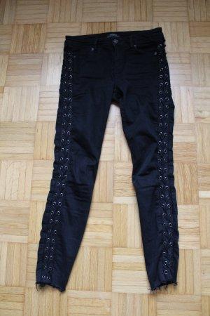 Zara Skinny Jeans mit Schnürung