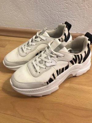 Zara Sneaker stringata bianco-nero