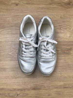 ZARA Sneaker Gr. 38 Silber matt