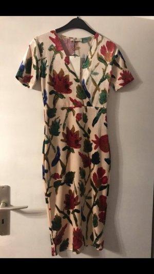Zara Sommerkleid Samtkleid mit Blumen neu