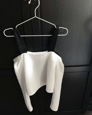 Zara Off the shoulder top zwart-wit