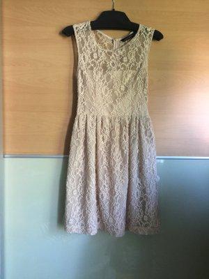 Zara Spitzen Kleid im guten Zustand