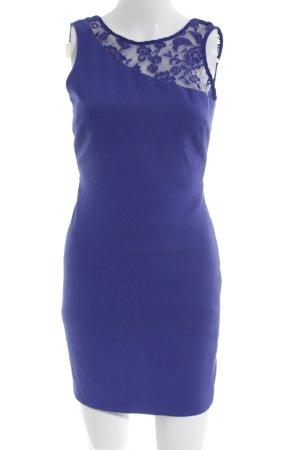 Zara Spitzenkleid blau extravaganter Stil