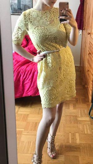 Zara Abito in pizzo giallo-giallo pallido