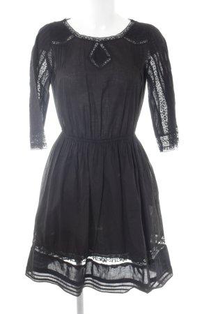 Zara Spitzenkleid schwarz Casual-Look