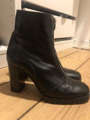the latest 22edd f1c87 Zara Stiefel