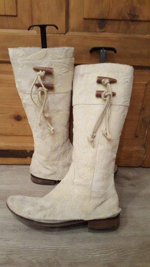 Zara Bottes fourrées blanc cassé fourrure artificielle