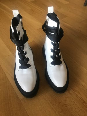 Zara Lace-up Boots black-white leather