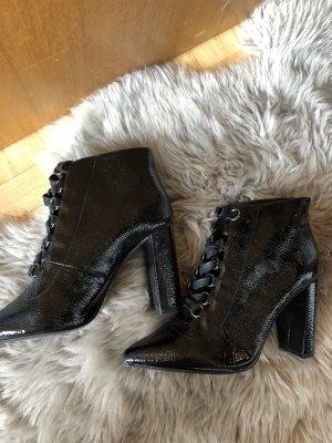 Zara Stiefel Stiefeletten Lack schwarz high heels 38