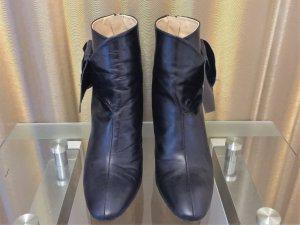 Zara Stivaletto con zip nero Pelle