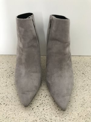 ZARA Stiefeletten 41 grau Cut-out