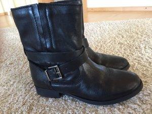 Zara Stiefeletten/Boots Gr. 36 in schwarz