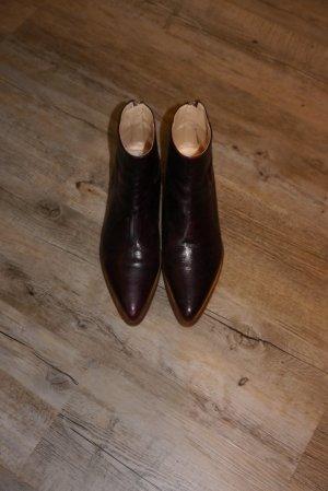 Zara Stiefeletten Boots spitz aubergine burgund weinrot Gr. 40